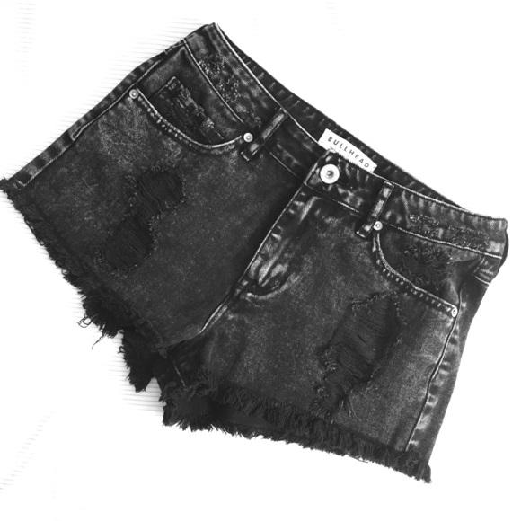 Bullhead Pants - Bullhead high rise shorts